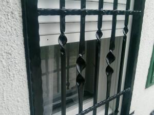 Biztonsági rács ablakra - lakatos Pilisjászfalu